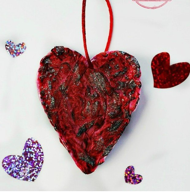How to make a glittery 3D Heart for Valentine's Day