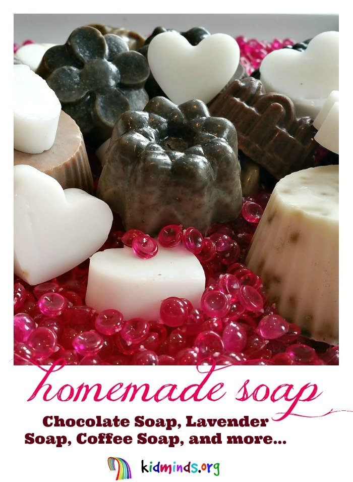 Making your own natural soap is easy, even with kids!  Customize it with coffee, cocoa, cinnamon, lavender, or favorite essential oils.  Bathtime has never been as much fun!  Read on to learn how to make homemade soap the easy way.  #DIY #kids #family #detox