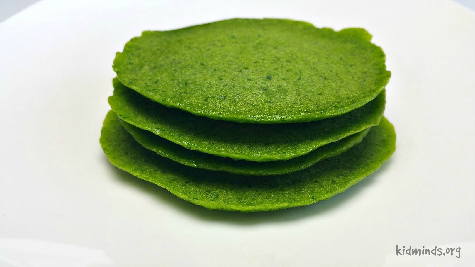 Green pancakes without artificial Colorings.  The rich, green color comes from fresh, nutritious spinach!