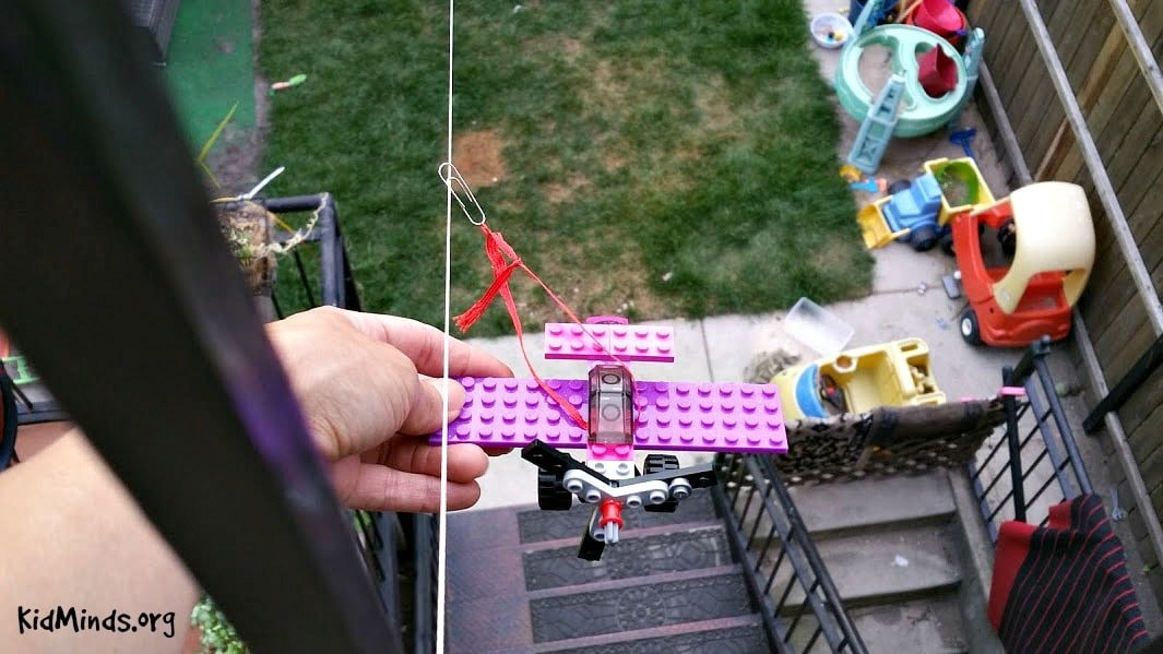 How to make a lego airplane fly4