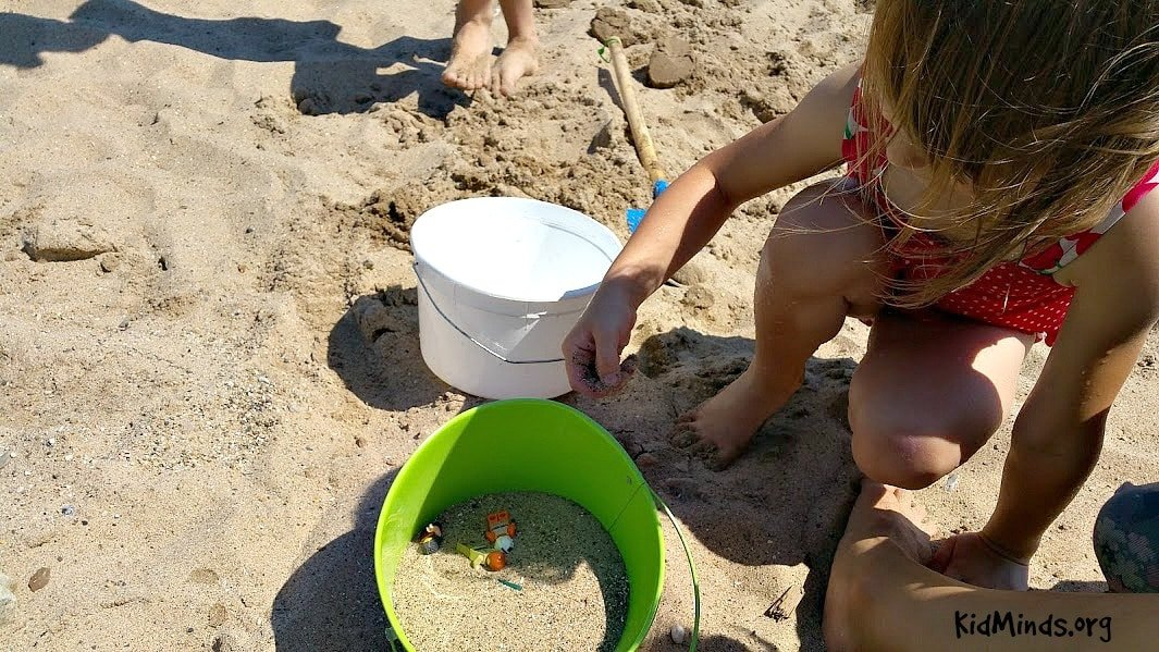 It's never too early to start teaching physics to kids. Grab a bucket of sand and some LEGO bricks for a quick demonstration of the Brazil Nut Effect. #summer #sand #science