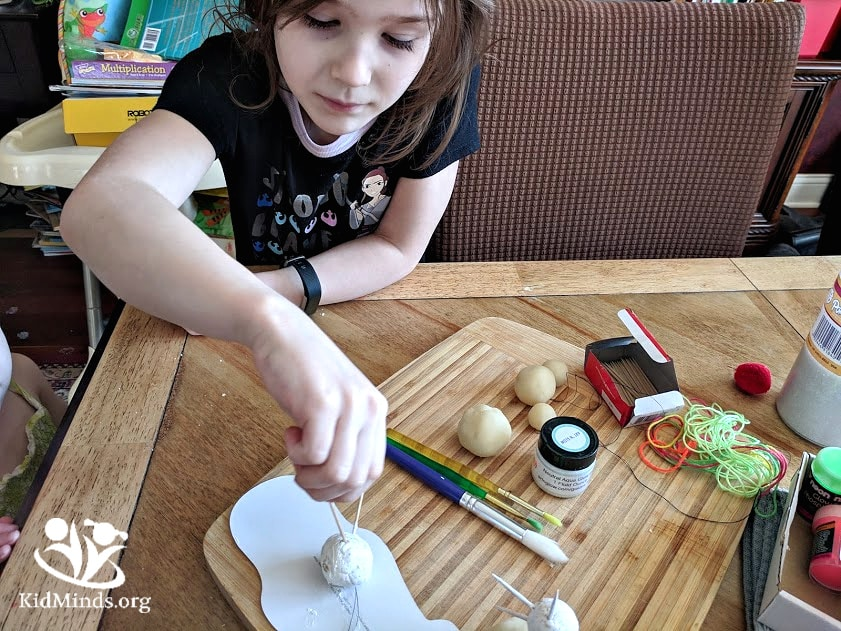 DIY stars that glow in the dark are fun and easy to make. All you need is playdough, toothpicks, and glow-in-the-dark paints.#spacecraft #learningthroughplay #stars