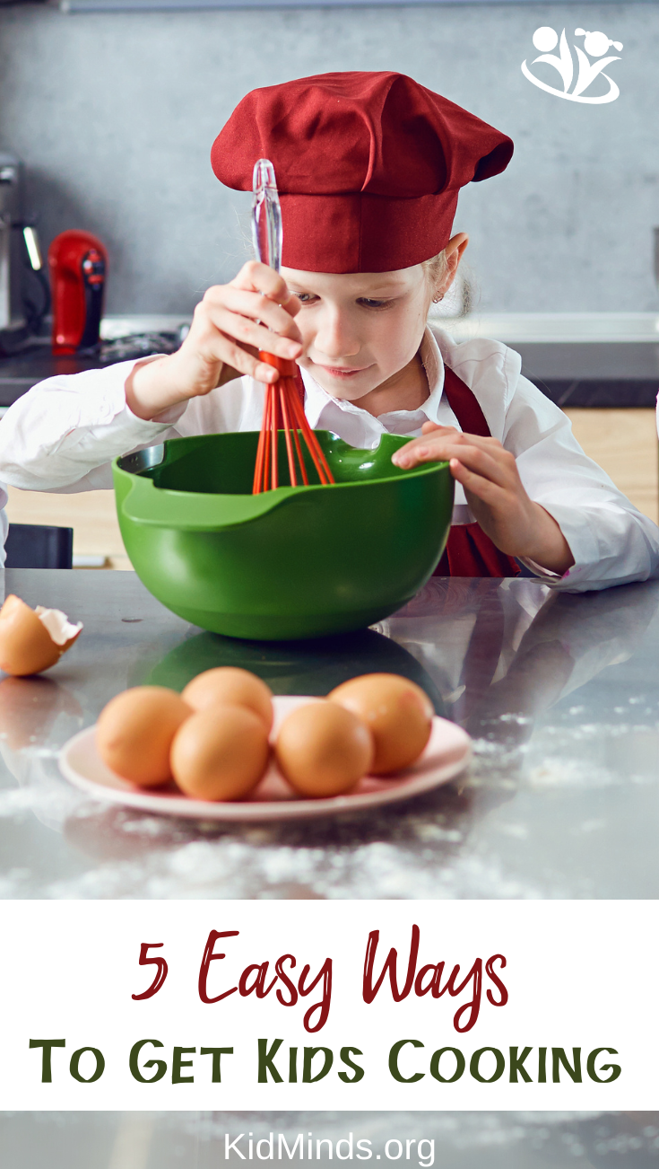 Want to get your kids interested in cooking? Use these tips to get your kids cooking and learning in the kitchen.  #kidscooking #kidsinthekitchen #kidsactivities #handsonlearning #formoms