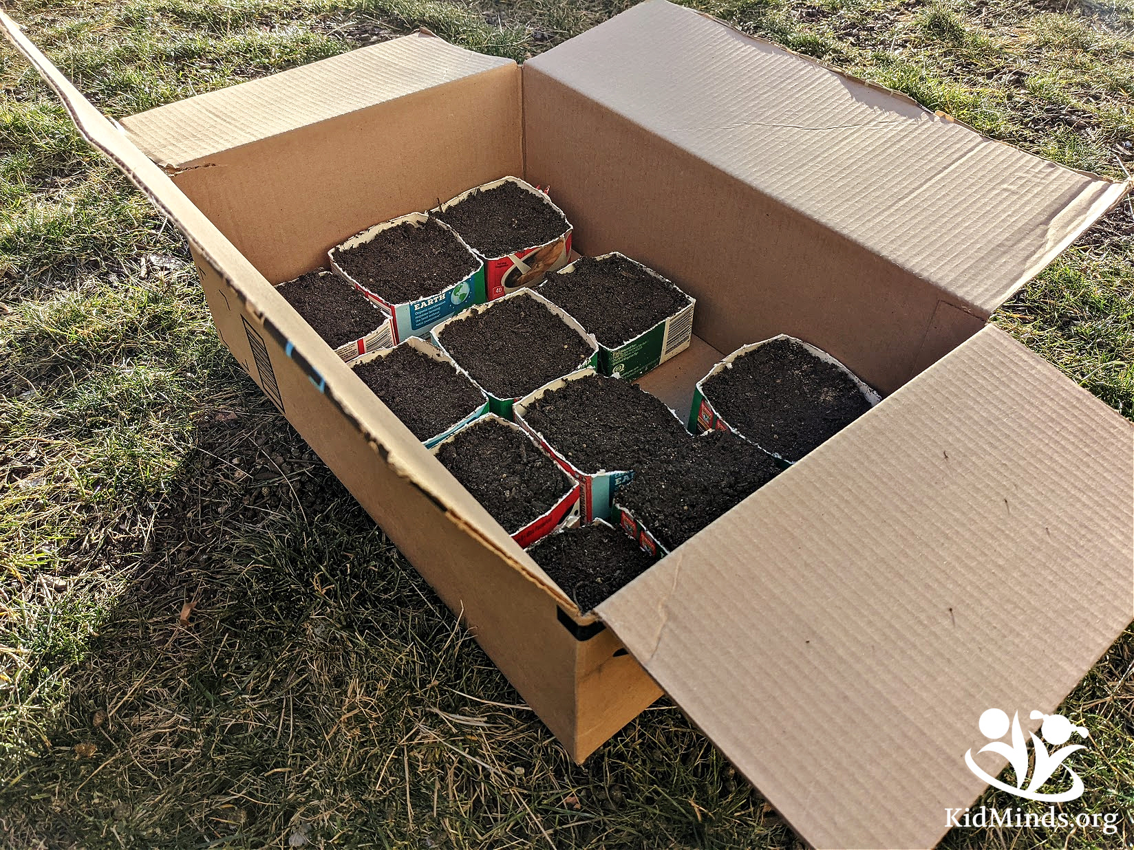 DIY mud bricks are a fun way to get kids outside and playing while practicing engineering skills, problem-solving, and creative thinking. #STEM #kidsactivities #handsonlearning #kidminds #laughingkidslearn #outdoorplay